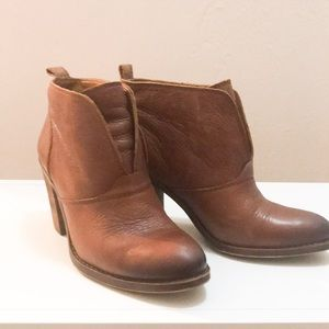 Lucky Brand Heeled bootie